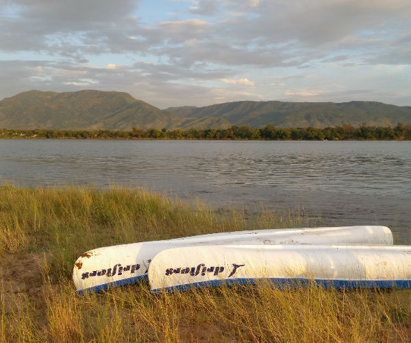 6 Day Luxury Lower Zambezi Canoe Experience